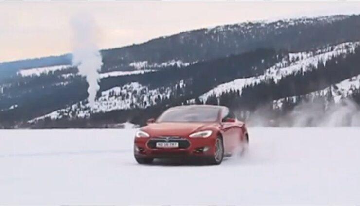 Tesla gibt Vorgeschmack auf Model S mit Allradantrieb