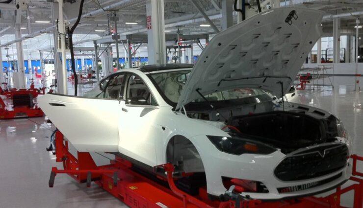 Tesla soll in 3-4 Jahren auch in China produzieren, sagt Musk