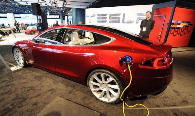 Gesetzesentwurf: Bundesregierung will Hybrid- und Elektrofahrzeuge fördern