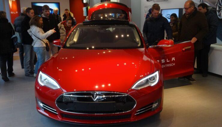 US-Handelsaufsicht setzt sich für Tesla Motors ein