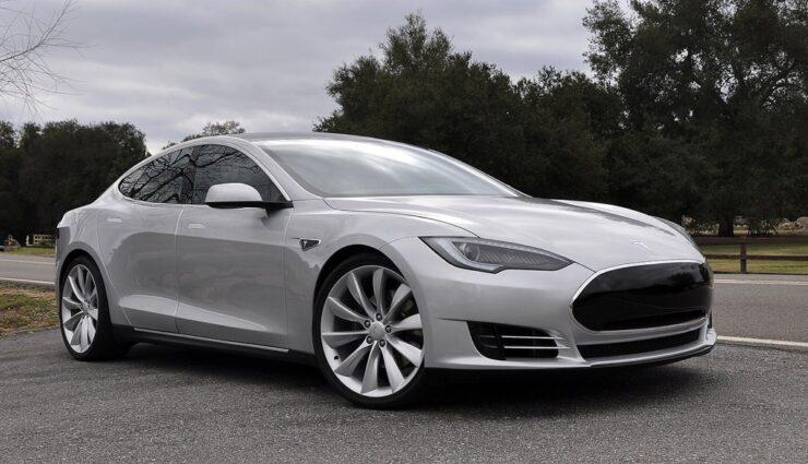 Tesla: Fahrzeugzulassungen in Deutschland für April 2014