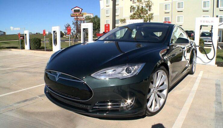 Großbritannien: Ecotricity wirft Tesla Motors Betrug vor