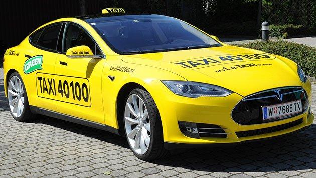 Wien: Erstes Tesla-Taxi nun auch in Österreich unterwegs