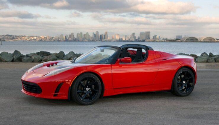 Roadster am Lotus Elise zu orientieren war ein Fehler, sagt Musk