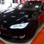 Tesla-Model-S-Hacken-Wettbewerb