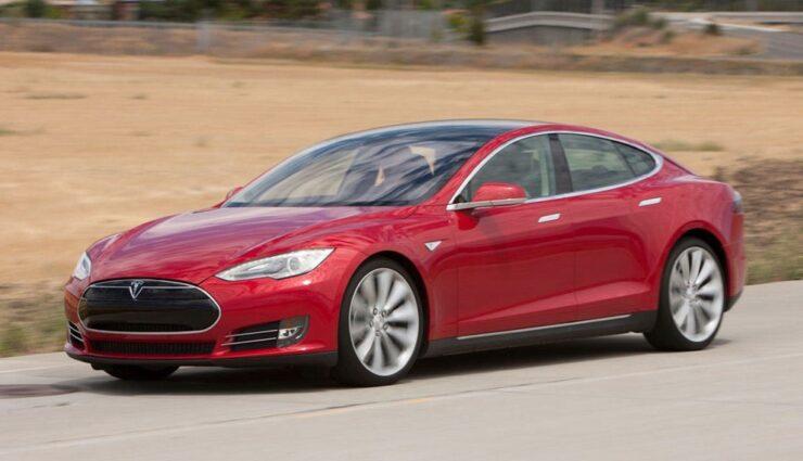 Studenten der Zhejiang University hacken erfolgreich Tesla Model S