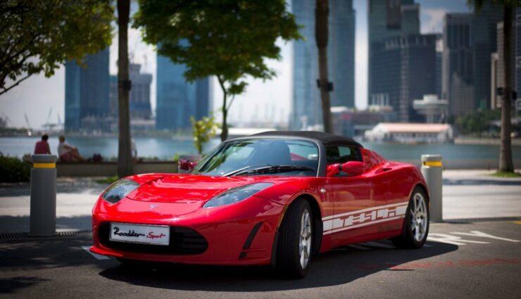 Tesla Roadster soll Batterie-Upgrade bekommen, ermöglicht über 600 Kilometer Reichweite