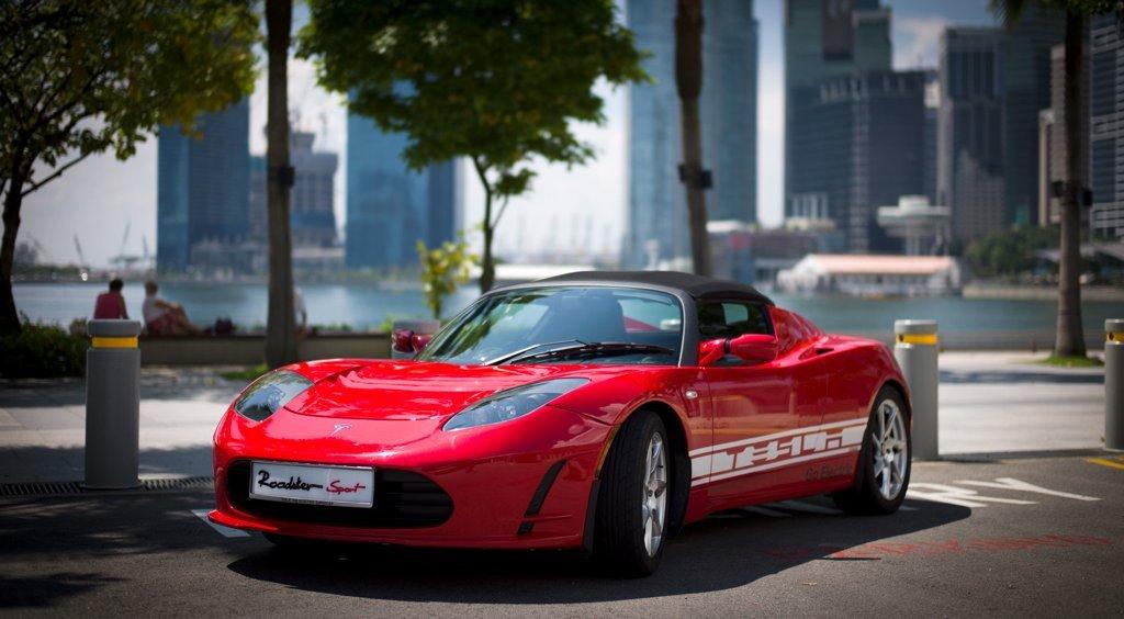 tesla-roadster-upgrade-600-kilometer