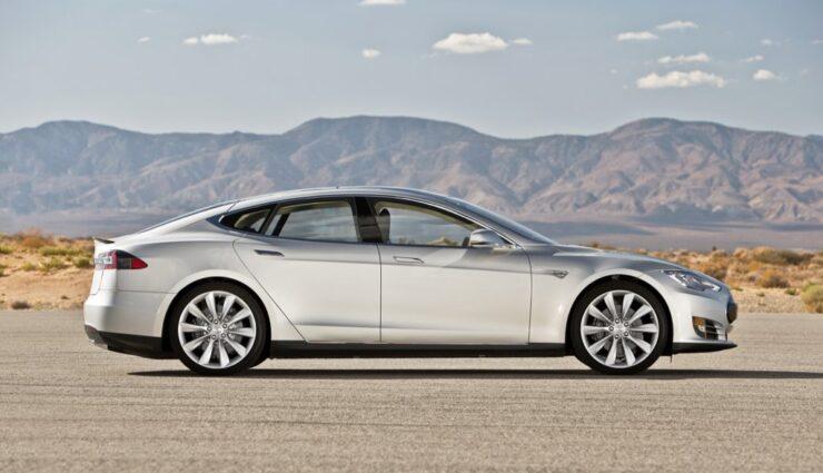 Tesla: Fahrzeugzulassungen in Deutschland für Juli 2014