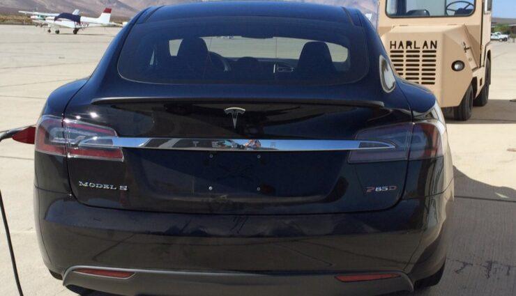 """Erstes Bild eines Model S mit Modellschriftzug """"P85D"""" aufgetaucht"""