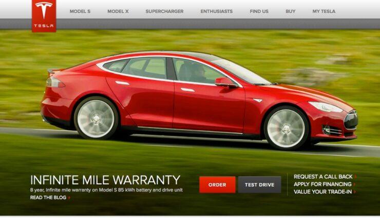 Website-Code von Teslamotors.com deutet auf Doppelmotor und Assistenzsysteme hin