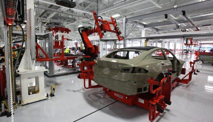 Gerücht: Tesla Motors in Gesprächen für zukünftige Produktionsstätte in der Slowakei