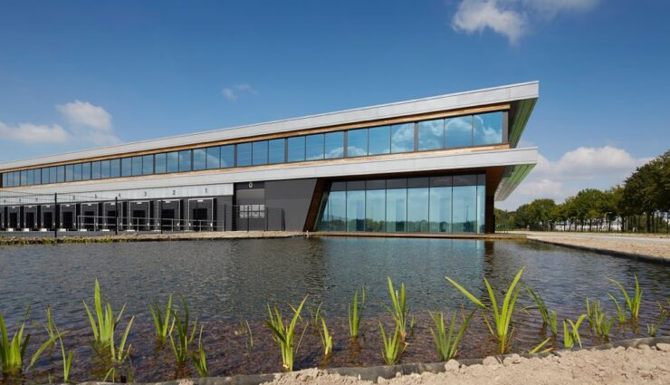 Tesla Motors eröffnet nächstes Jahr zweites Montagewerk in den Niederlanden