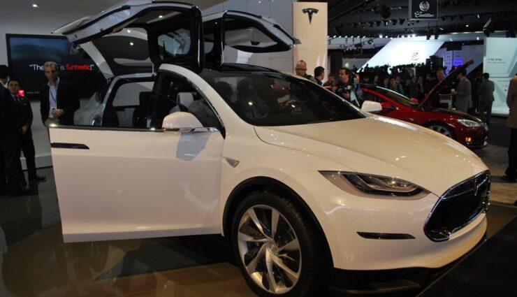 Model X erhält identische Antriebseinheit wie Model S 85D