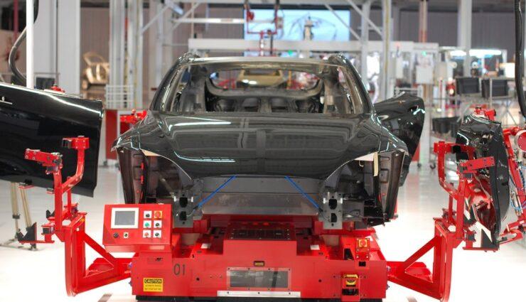 Bis 2020 soll Tesla 500.000 Fahrzeuge im Jahr produzieren, glauben Analysten