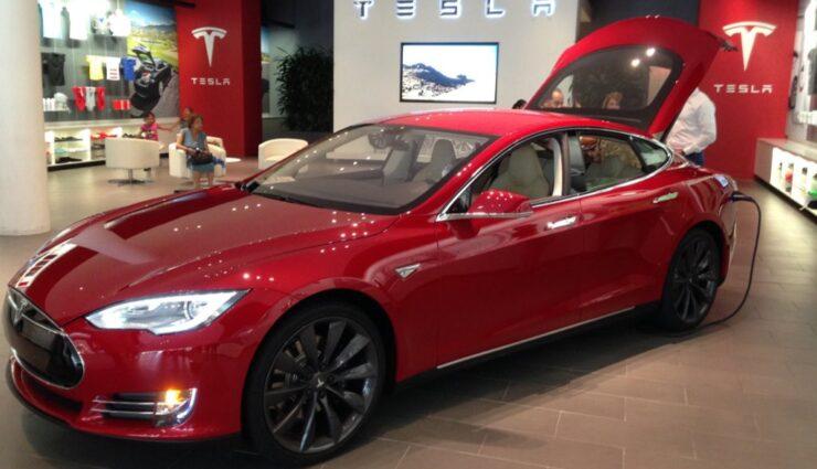 Tesla Motors umgeht Verkaufsverbot von Michigan über Kanada