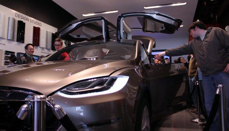Oktober: Model X erreicht über 22.500 Reservierungen weltweit