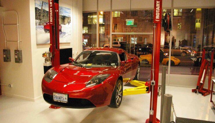 Österreich: Tesla Motors sucht Mitarbeiter für neue Niederlassungen in Graz und Linz