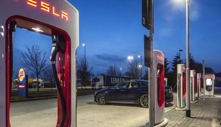 Tesla Motors startet nächste Woche Pilotprogramm für Batteriewechsel-Stationen