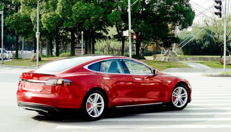 Tesla Motors erobert im Januar 2015 auch Indonesien