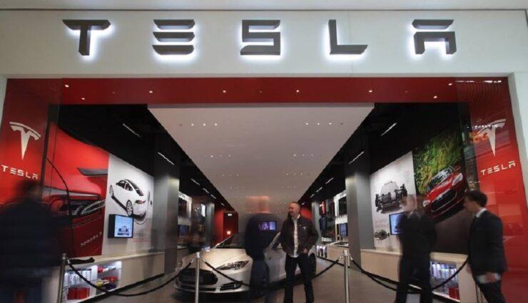 Lexus liebäugelt mit Stores in Einkaufszentren wie Tesla Motors
