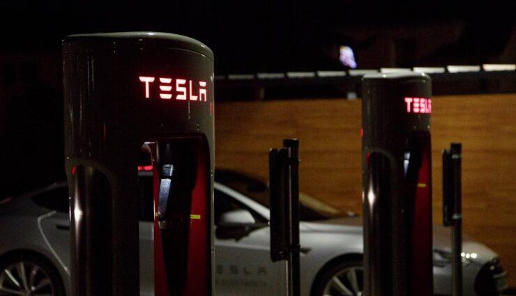 Nordamerika: Mehr Supercharger- als CHAdeMO-Ladesäulen in Betrieb