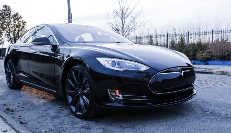 Tesla: Fahrzeugzulassungen in Deutschland für Dezember 2014