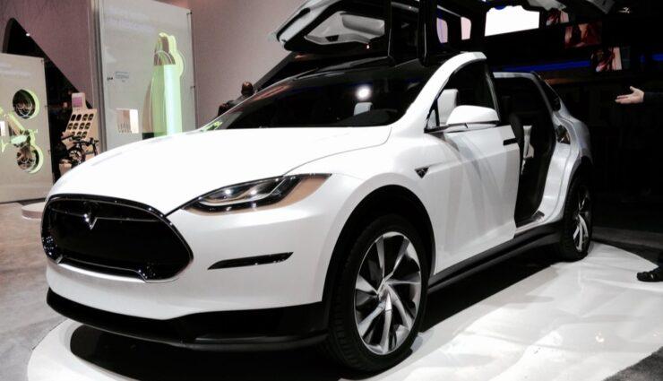 Tesla Model X erreicht über 24.000 Reservierungen weltweit