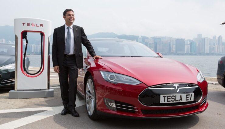 Tesla Motors versetzt Tesla-Vize Jerome Guillen