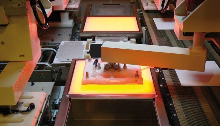 Gerücht: Maschinenbauer Manz AG könnte Auftrag von Tesla Motors haben