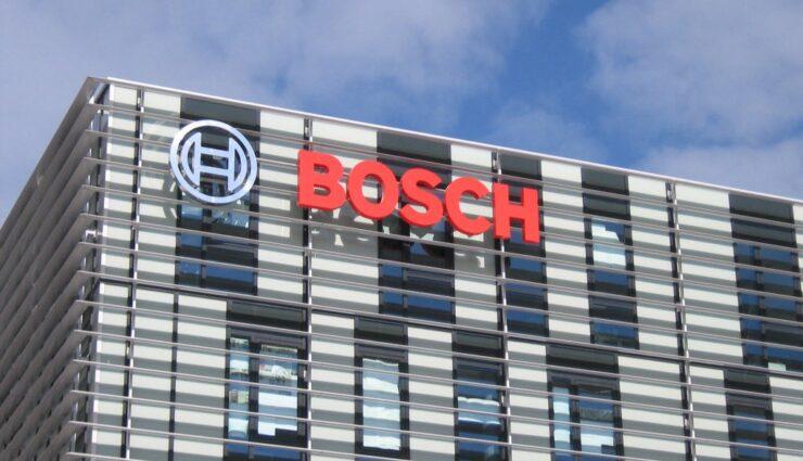 Bosch zeigt seine Vision des autonomen Fahrens im Video und nutzt ein Tesla Model S