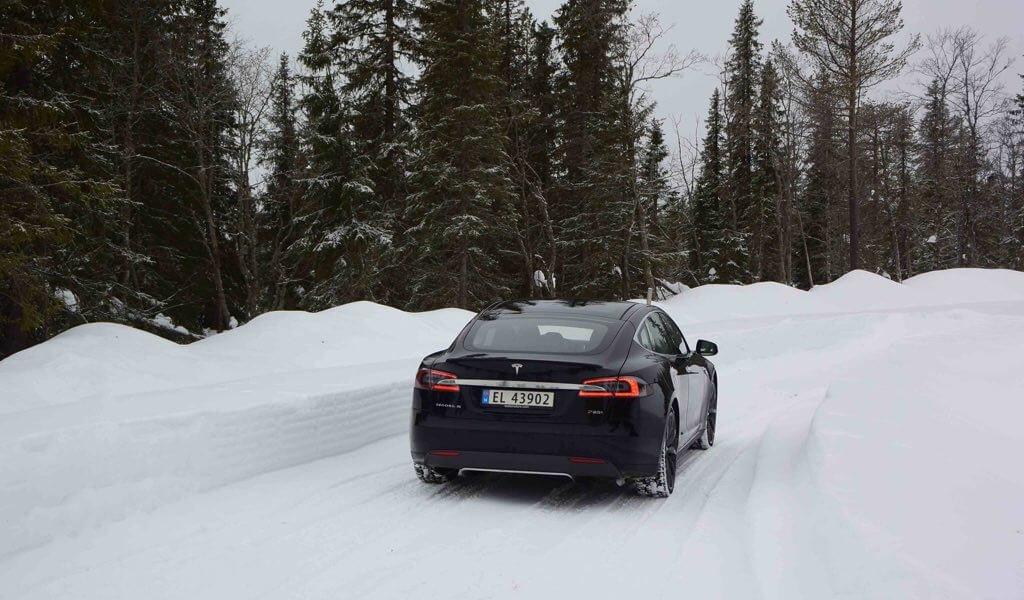 Tesla Norwegen