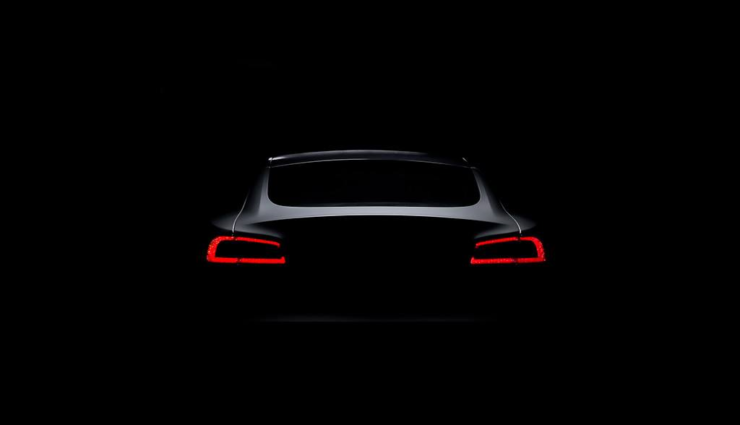 Tesla Model 3 könnte zum Ende des Jahres einen ersten Prototypen bekommen