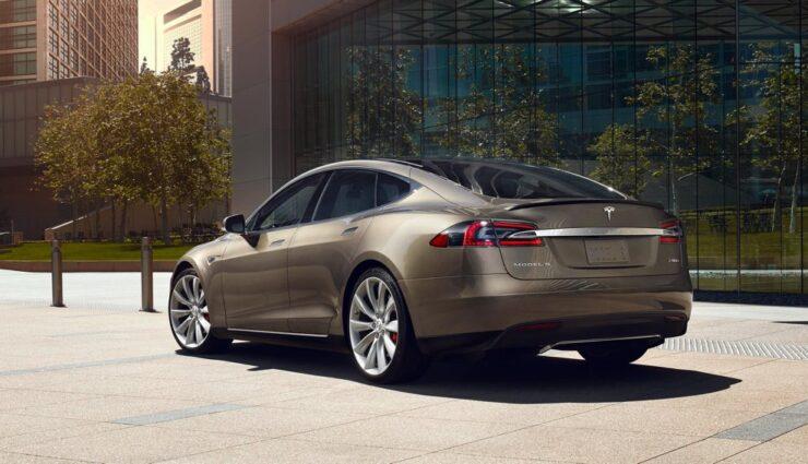 Tesla Model S 85D bekommt Softwareupdate für Beschleunigung und Höchstgeschwindigkeit