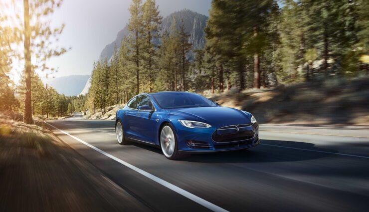 Tesla: Fahrzeugzulassungen in Deutschland für März 2015