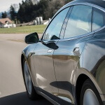tesla-blinker-schuldfrage-autopilot