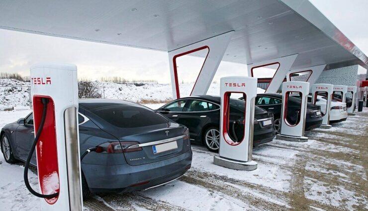 China: Tesla-Fahrzeuge werden chinesischen Ladestandards angepasst