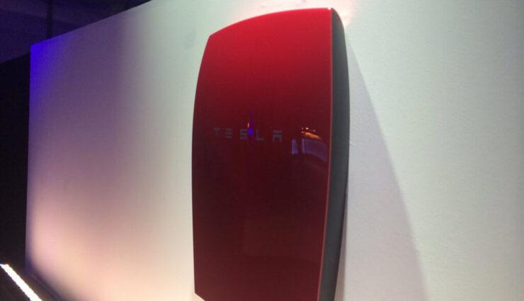 Hamburger Energie- und IT-Unternehmen LichtBlick bindet Tesla für Energie-Partnerschaft