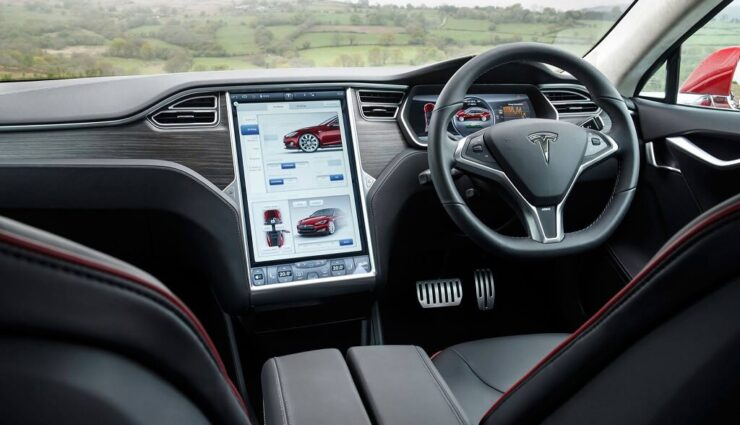 Erstes Model S mit dem Mobilfunkstandard LTE ausgeliefert