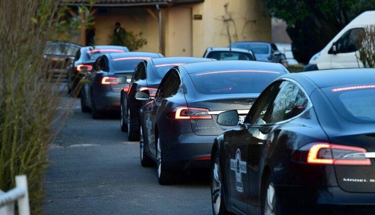 Tesla: Fahrzeugzulassungen in Deutschland für Mai 2015