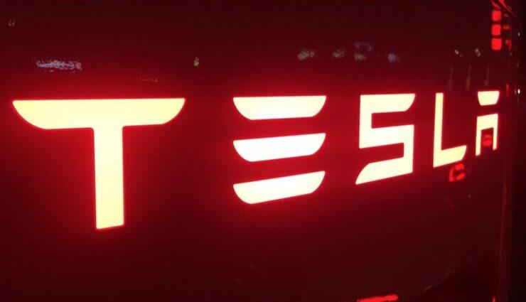Tesla Model X erreicht weltweit 28.241 Reservierungen