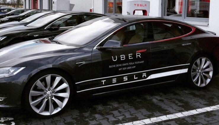 Elon Musk löst Spekulationen aus, nach Frage zu Uber