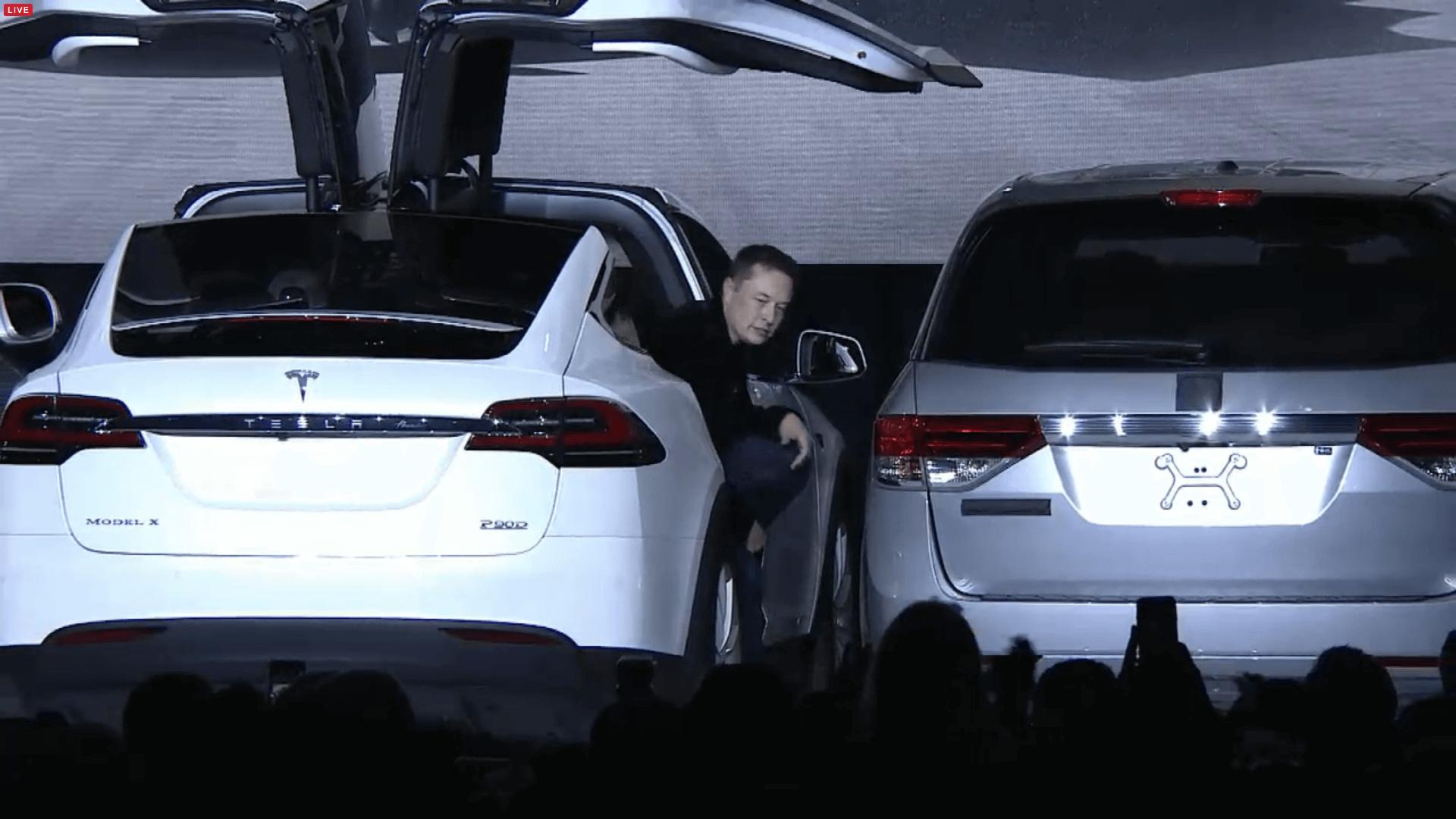 Tesla Model X vorgestellt: Das sicherste und sauberste SUV ...