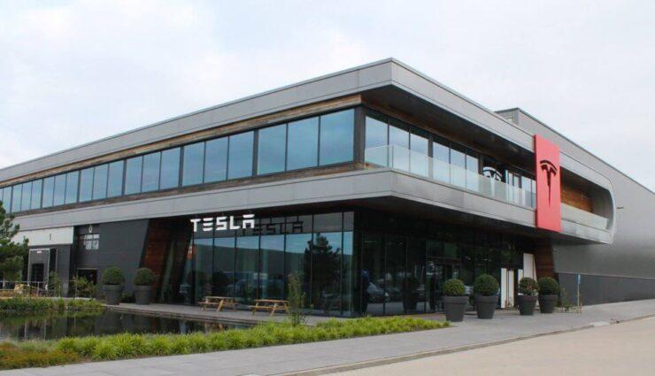 Tesla Motors eröffnet zweites Montagewerk in den Niederlanden