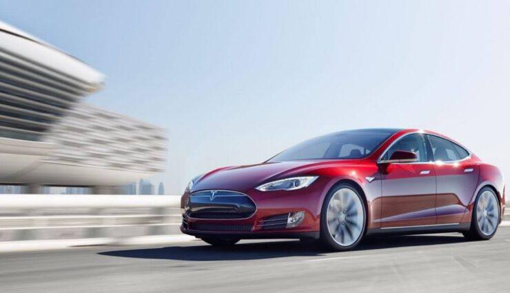 Europa: Tesla Model S verzeichnet in 2015 bisher höheren Absatz als Audi A8 und BMW 7er zusammen
