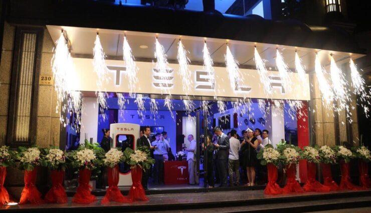 USA: 12 weitere Tesla Stores sollen bis Ende des Jahres eröffnet werden