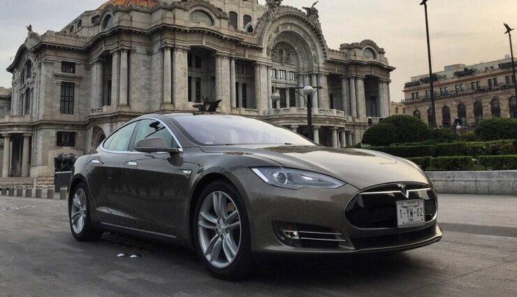 Tesla Model S: Absatz-Meilenstein von 100.000 Einheiten diesen Monat überschritten