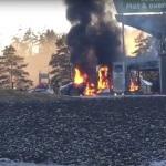 norwegen-tesla-ausgebrannt-feuer-von-innen