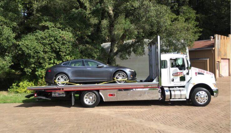 Nordamerika: Tesla Motors erhöht Abschleppservice von 50 auf 500 Meilen
