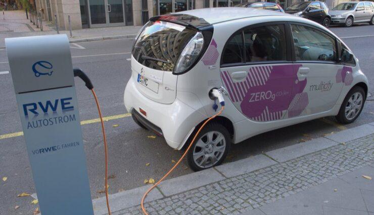 Bundesregierung fördert Elektroautos mit Kaufprämie von bis zu 4.000 Euro